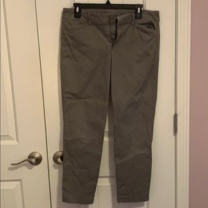 Old Navy Pixie Chino Ankle Pants Grey